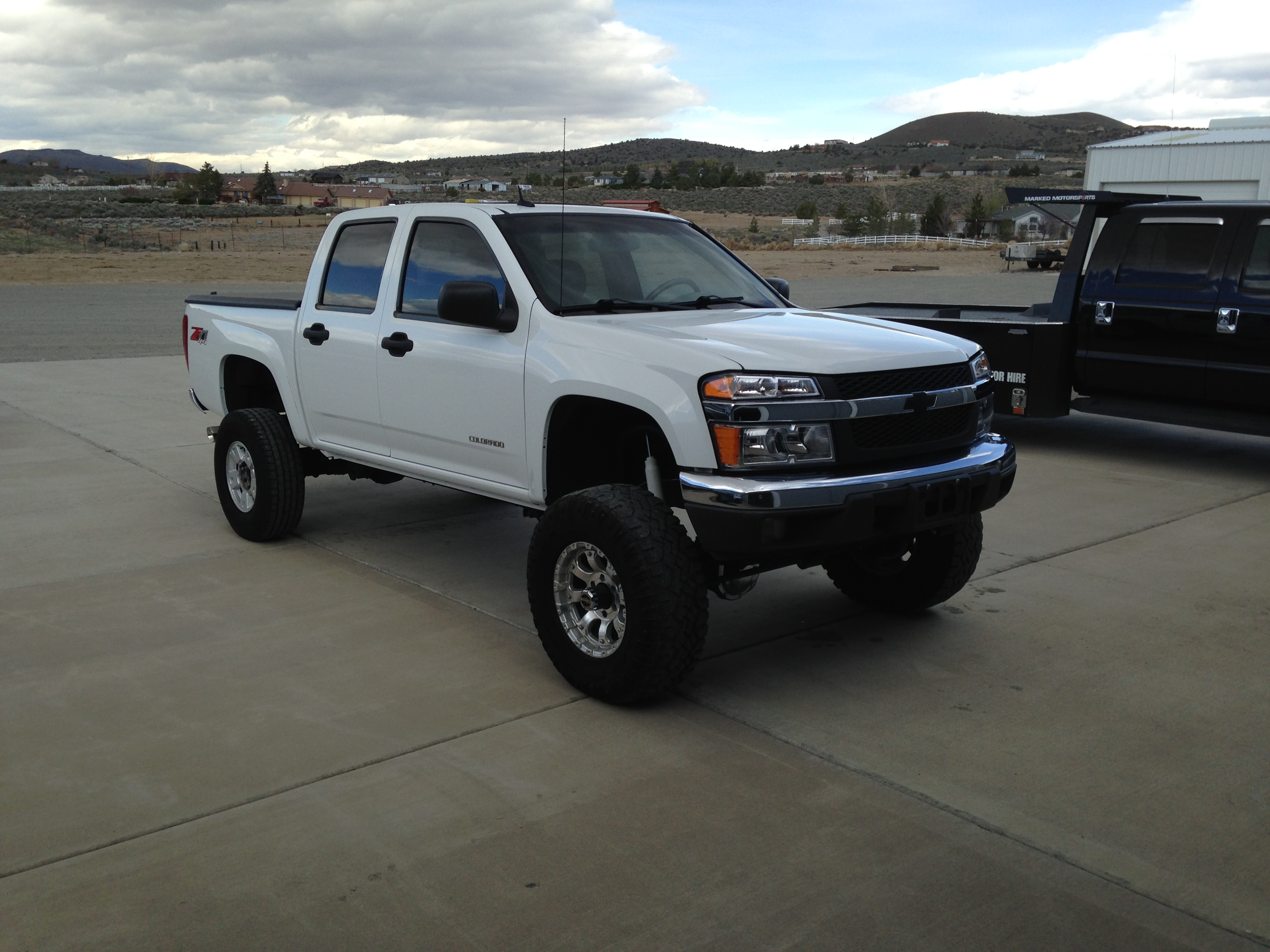 The Wife's 2005 Chevy Colorado Crew Cab Solid Axle Swap - It's Free